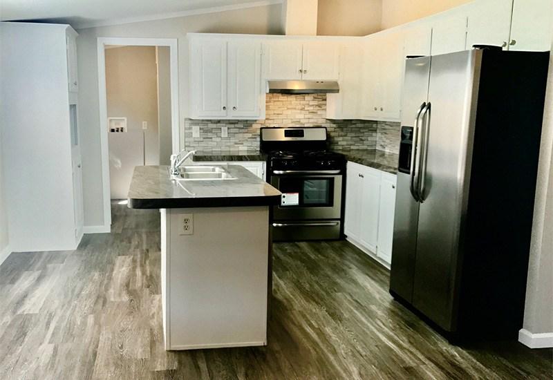HBOS / LH-295 - Kitchen