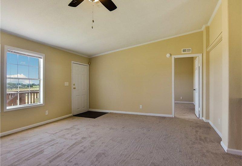 HBOS / LH-295 - Bedroom