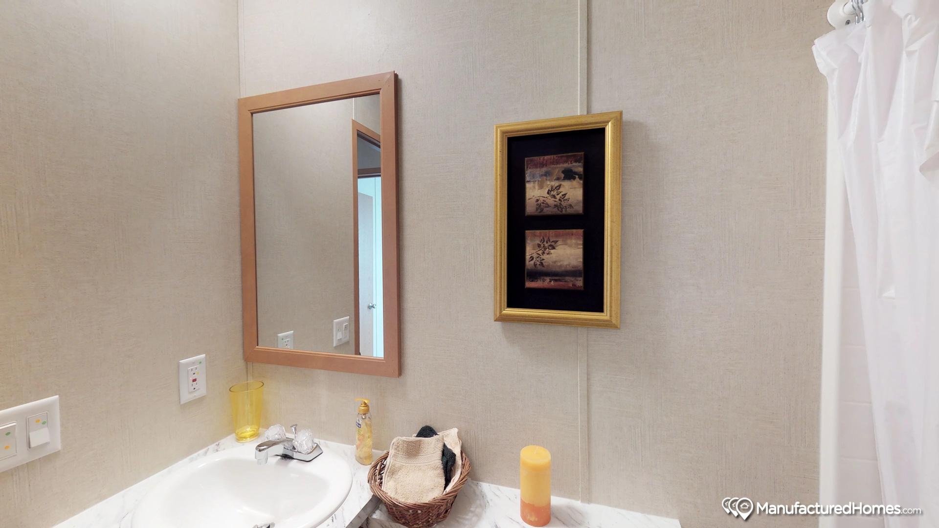 Velocity SW / The Velocity 187500 - Bathroom