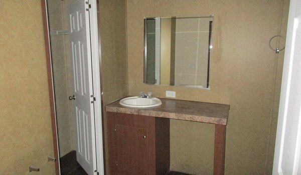 Clayton / Clayton 16x80 (202388) - Bathroom