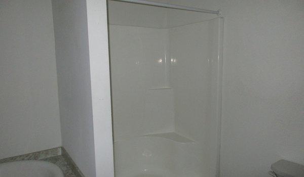 Friendship / Friendship 32x48 (202663) - Bathroom