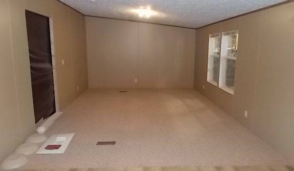 Clayton / Clayton 28X64 (202430) - Interior