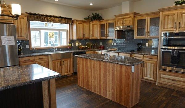 Centennial Homes / The Autumn Creek Modular - Kitchen