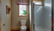 Skyliner 6334B Bathroom
