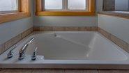 BellaVista Camellia XL Bathroom