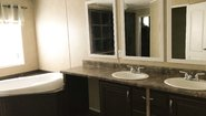 MD 28' Doubles MD-13 Bathroom