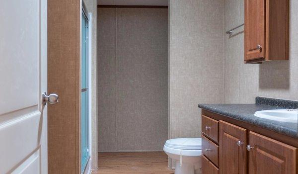 Heritage / 1660-11FLPA - Bathroom