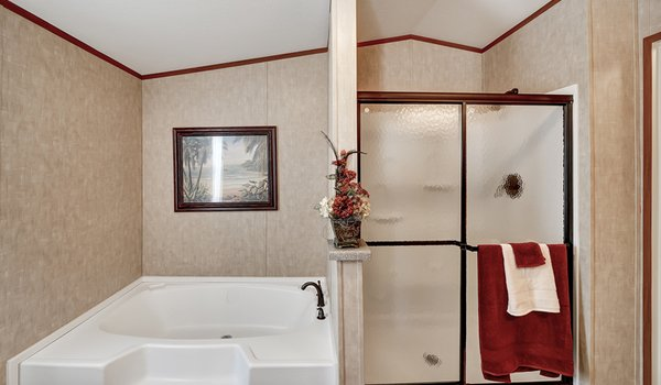 Heritage / 1680-32C - Bathroom