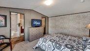 Heritage 1676-32A Bedroom