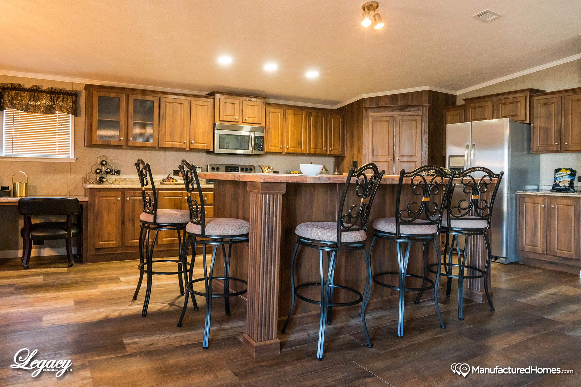 Heritage / 3264-32AP - Kitchen