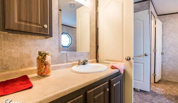 Select Legacy / S-2468-42A - Bathroom
