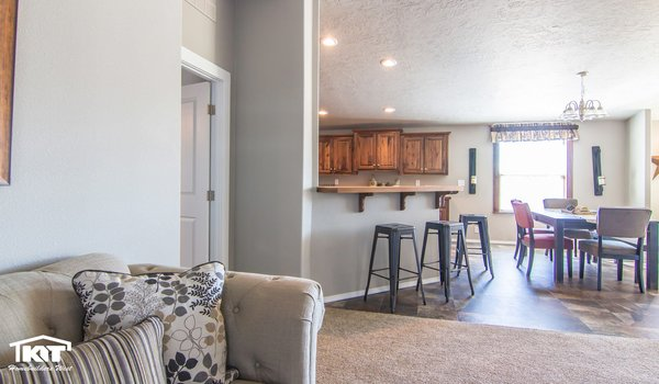 Cedar Canyon / 2074 - Interior