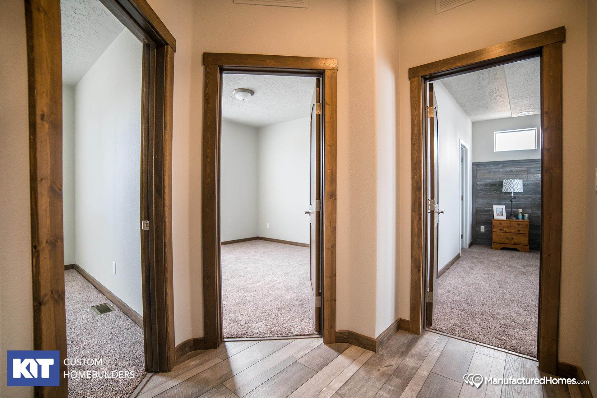Grand Manor / 6009 - Interior