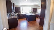 Grand Manor 6012 Kitchen