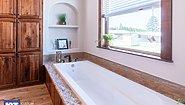 Grand Manor 6013 Bathroom