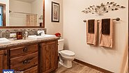 Grand Manor 6013 Bathroom