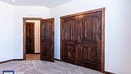 Grand Manor 6013 Bedroom
