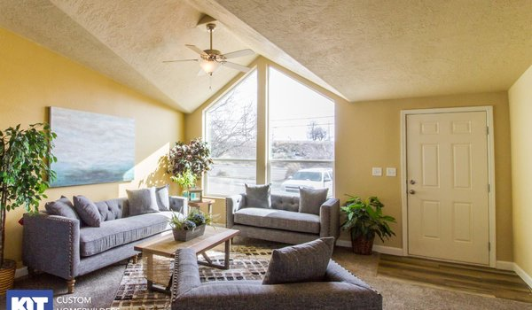 Cedar Canyon / 2042 - Interior