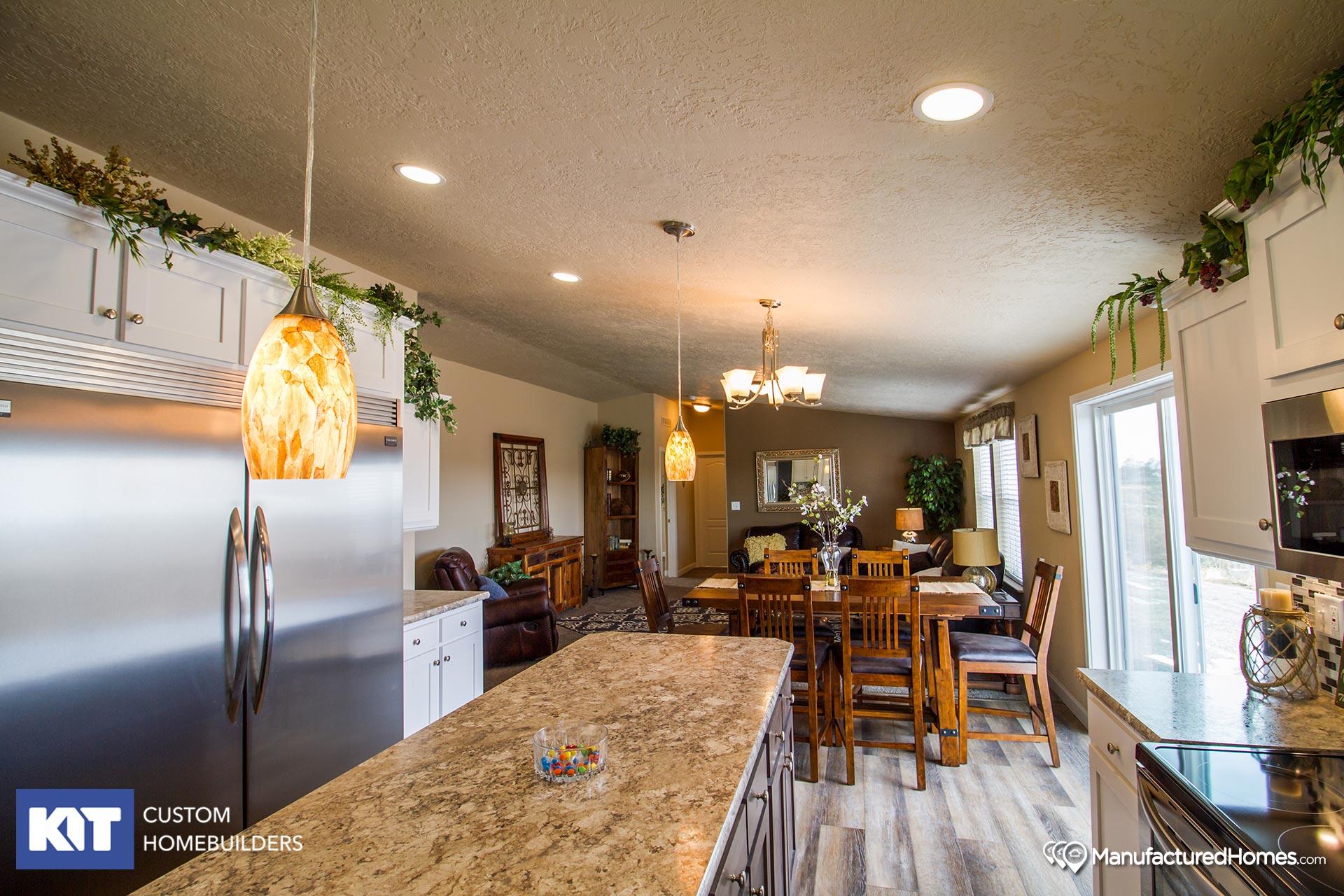 Cedar Canyon / 2042 - Kitchen