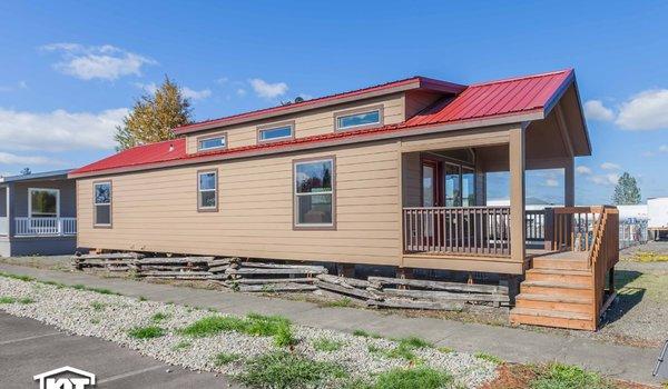 Cedar Canyon LS / 2070 - Exterior