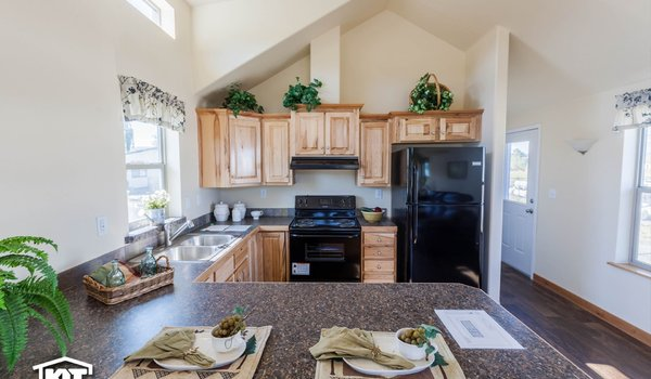 Cedar Canyon LS / 2070 - Kitchen