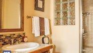 Cottage 1001 Bathroom