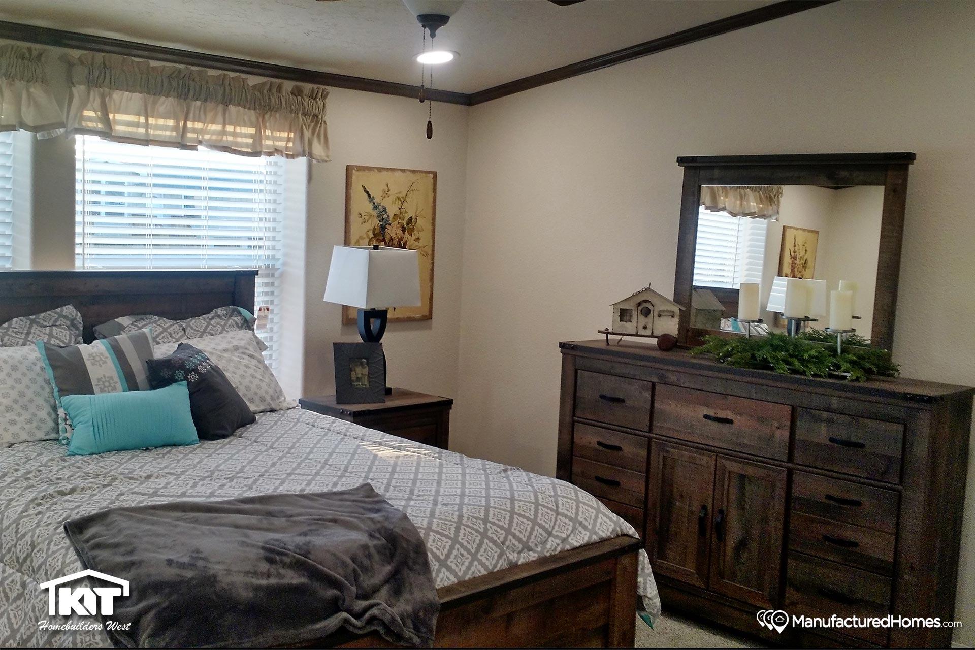 Golden State / 3003 - Bedroom