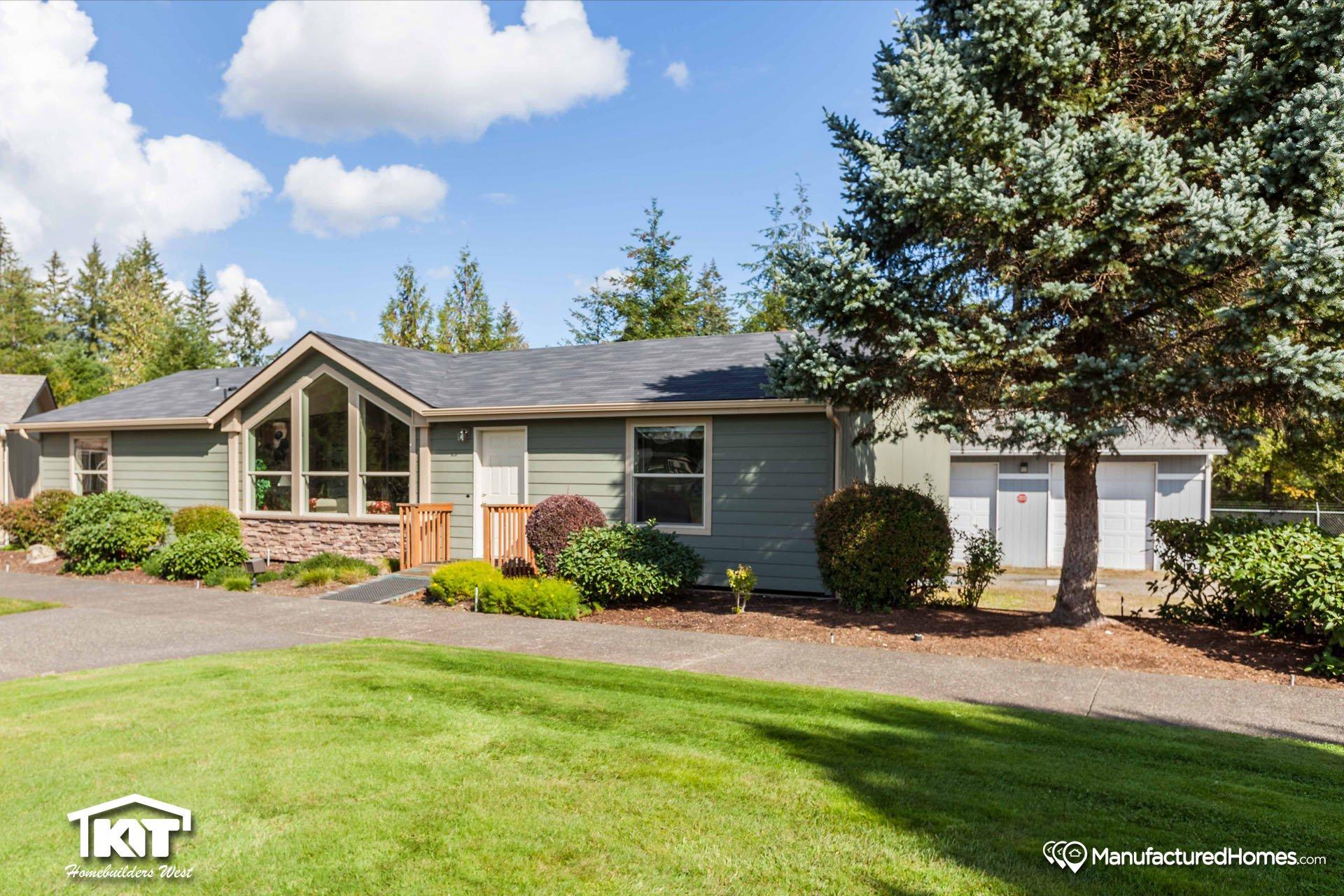 Pinehurst 2504 by kit custom homebuilders for Kit west homes