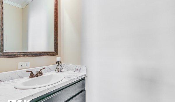 Deer Valley Series / Kairos II DVT-7601B - Bathroom