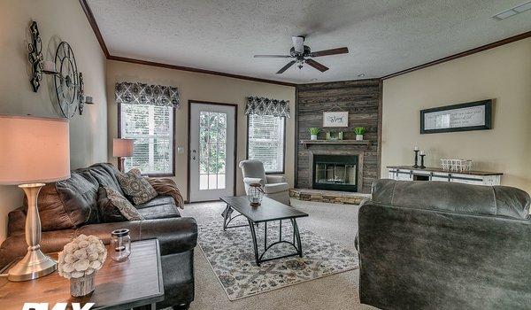 Woodland Series / Brooks Pointe WL-6411 - Interior