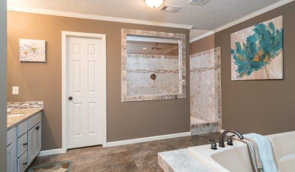 Woodland Series / The Carleton WLT-6807 - Bathroom