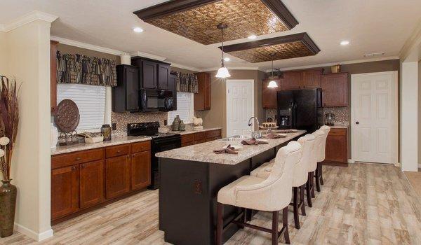 Sun Valley Series / Orchard House SVM-9006 - Kitchen