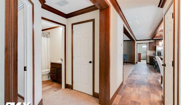 Woodland Series / Maison Calme WL-6806B - Interior