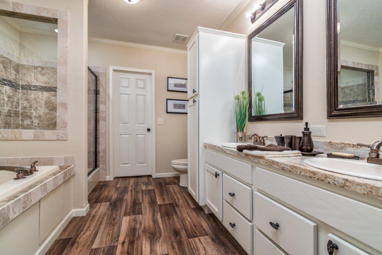 Sun Valley Series / Ahaveh SVM-6412 - Bathroom