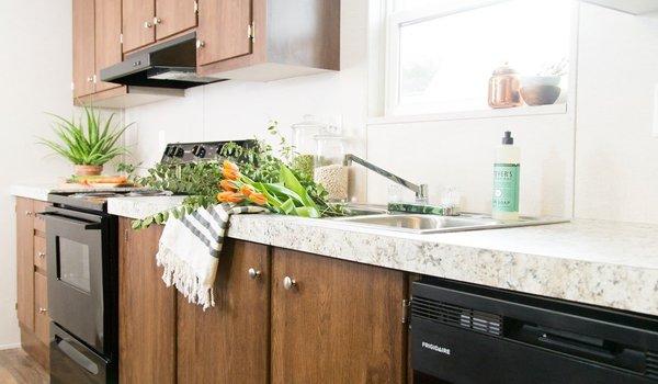 TRU Multi Section / Thrill - Kitchen