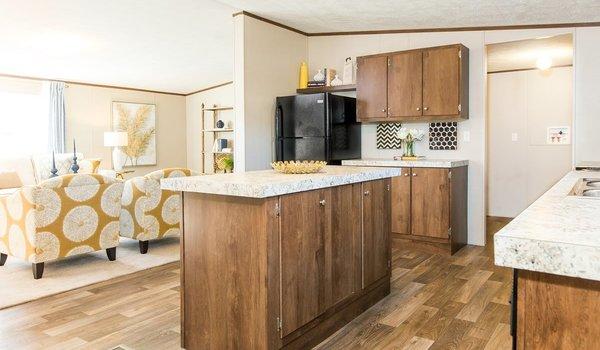 2018 TruMH / Wonder 28x72 Serial# 3251 - Kitchen