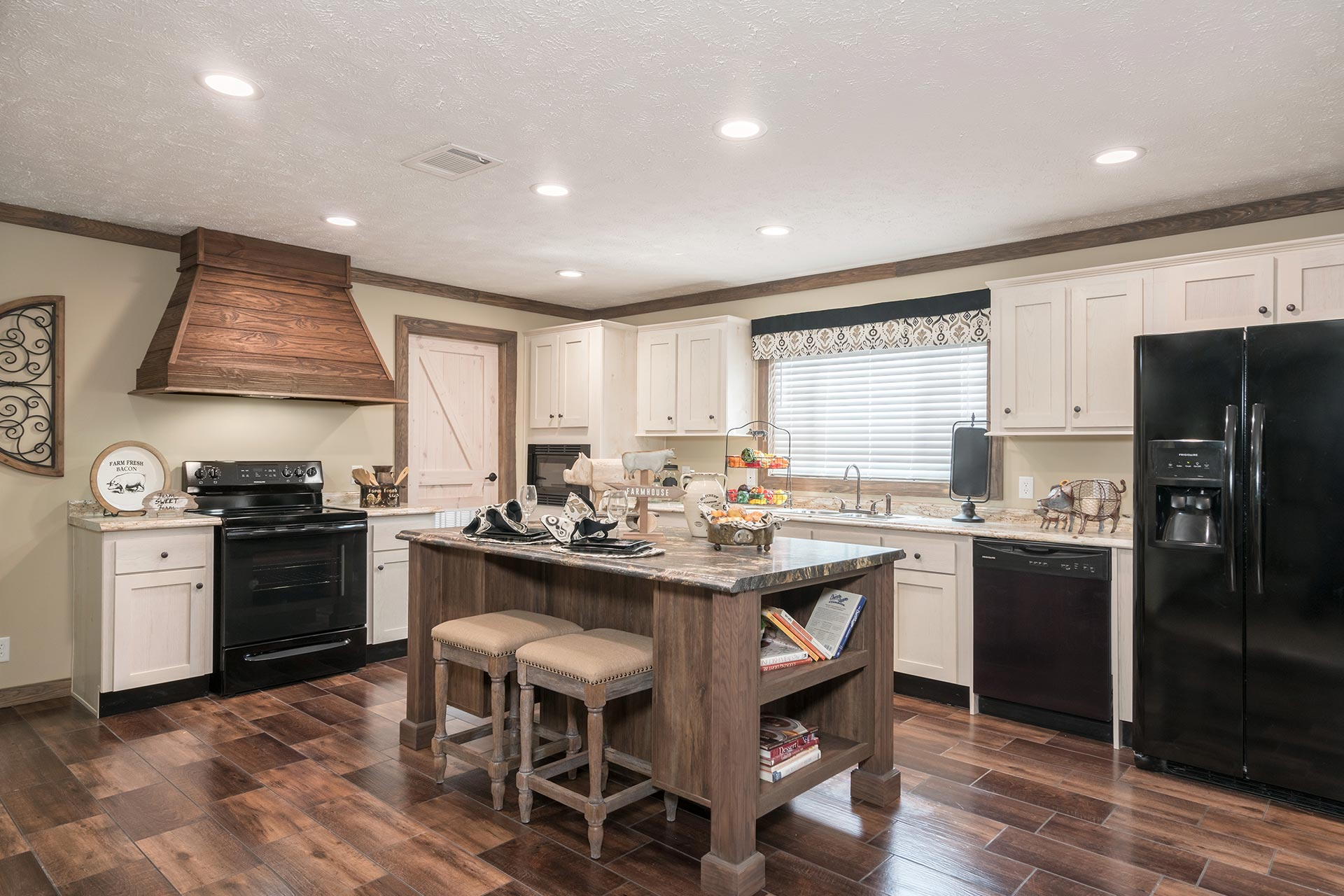 Tennessee Happy Homes in Lawrenceburg, TN - Manufactured Home Dealer on