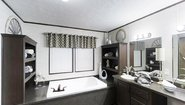 MD 32' Doubles MD-33-32 Bathroom