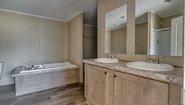 Eagle The Eagle 60 Bathroom
