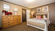 Dragon 16723D Bedroom