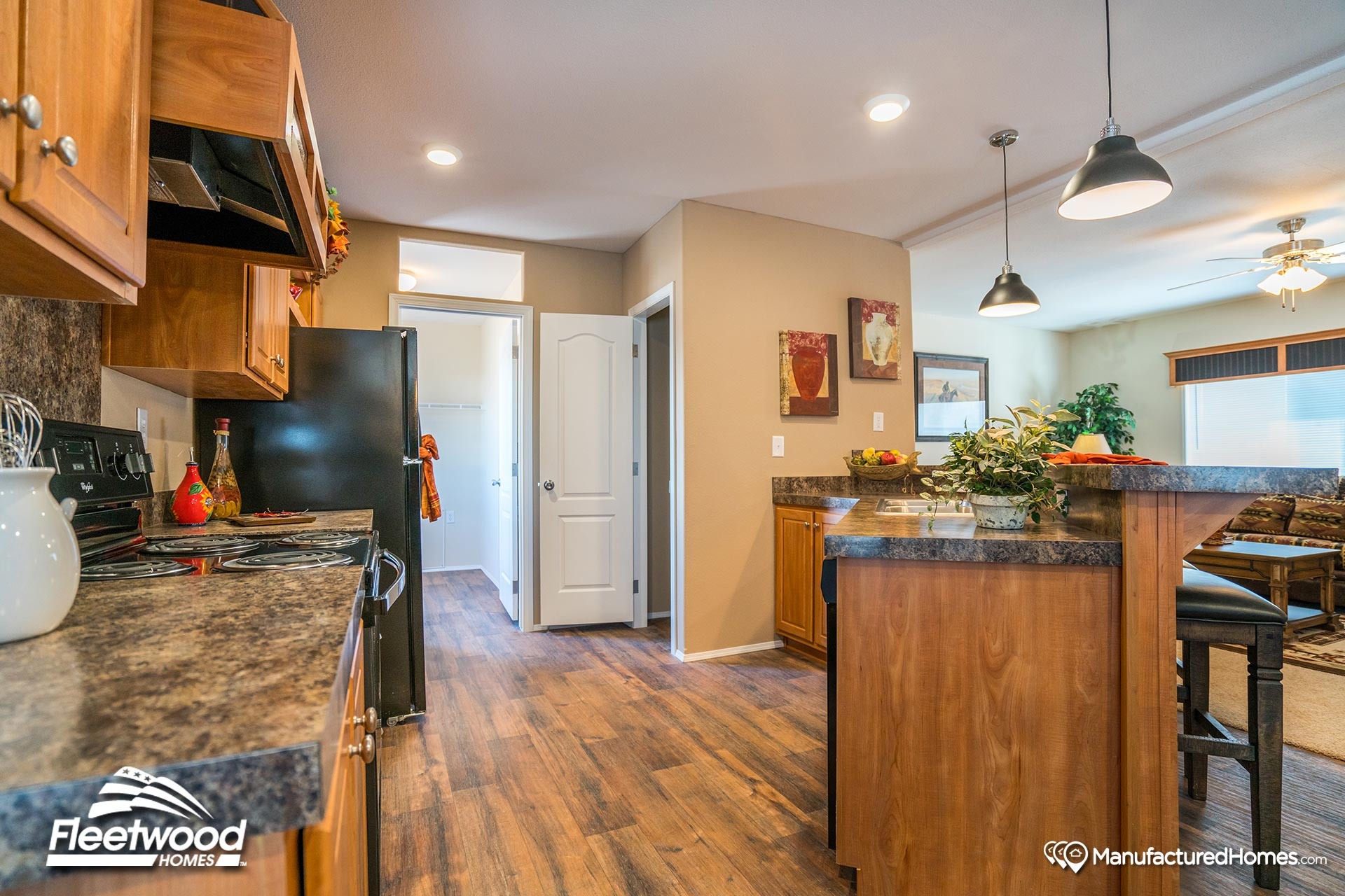 Waverly Crest 28563w By Fleetwood Homes Of Nampa