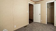 Broadmore 16763Y Bedroom