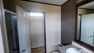 Green Hill 16763L Bathroom