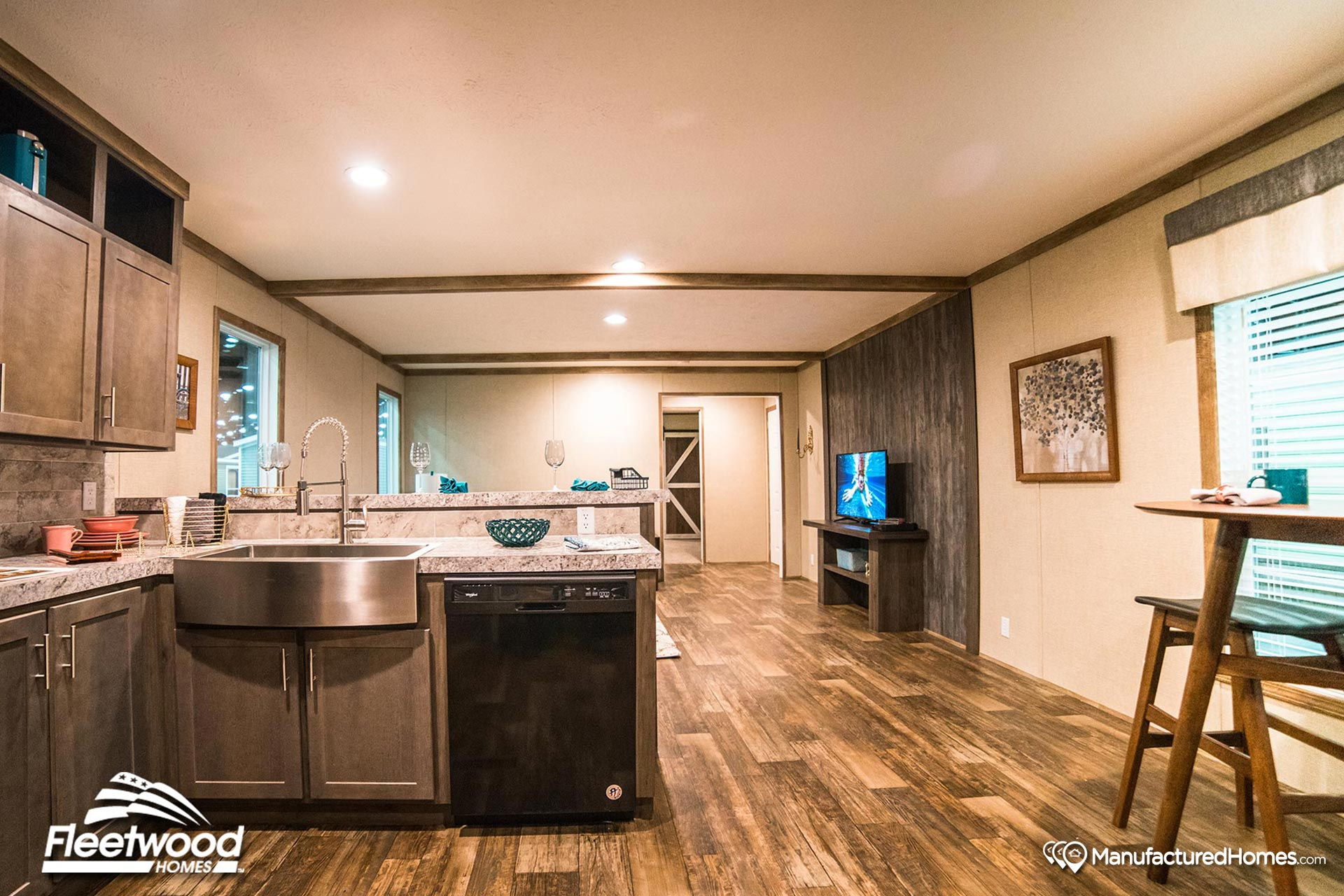 Canyon Lake / 16763Y The General by Fleetwood Homes Lafayette