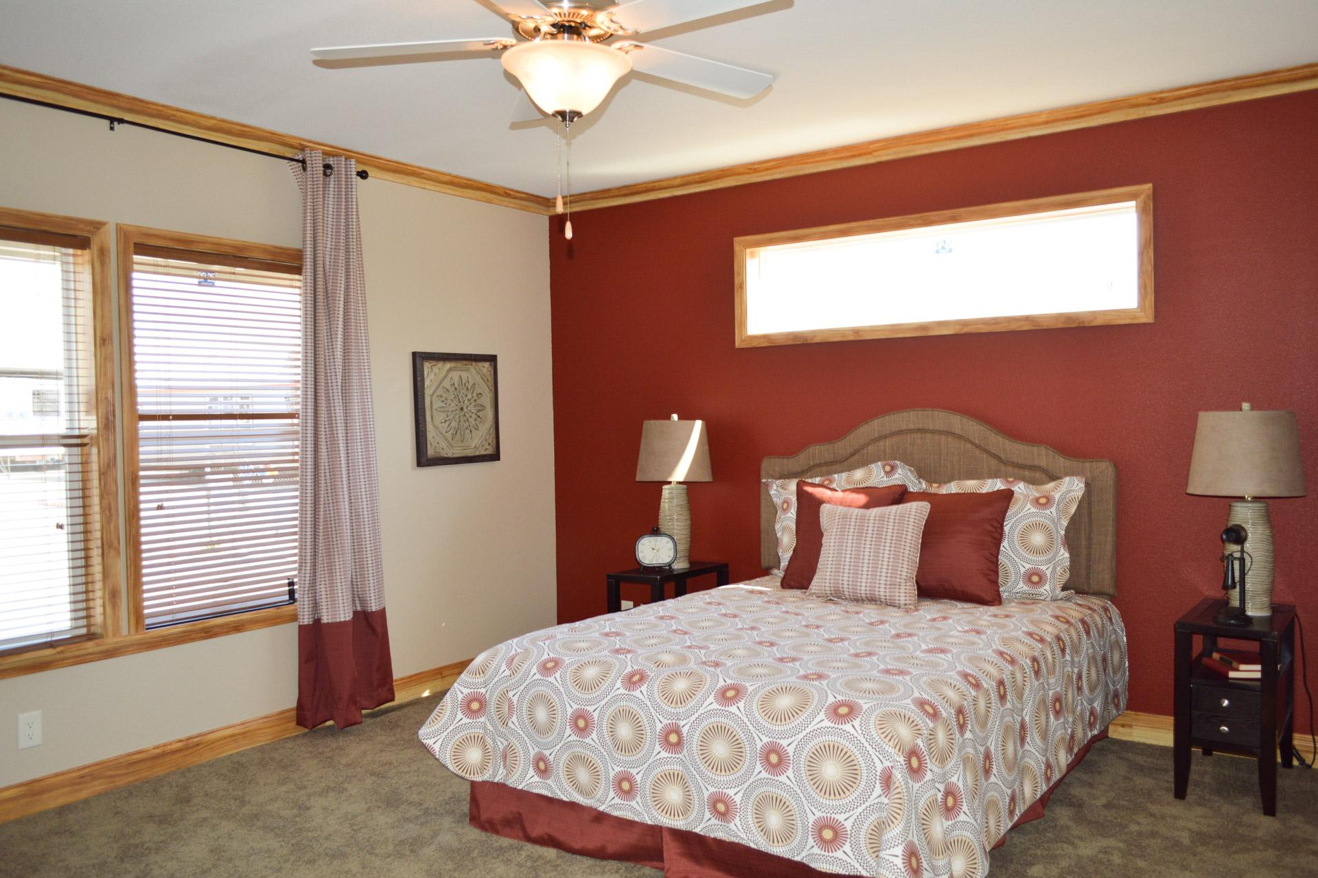 Skyliner / 6334B - Bedroom