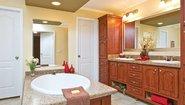 Innovation HE 3014 Bathroom
