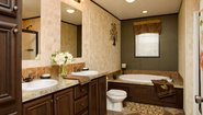 Ridgecrest LE 3201 Bathroom