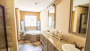 Innovation HE 3259 Bathroom