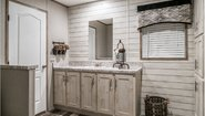 Commonwealth 206 Bathroom