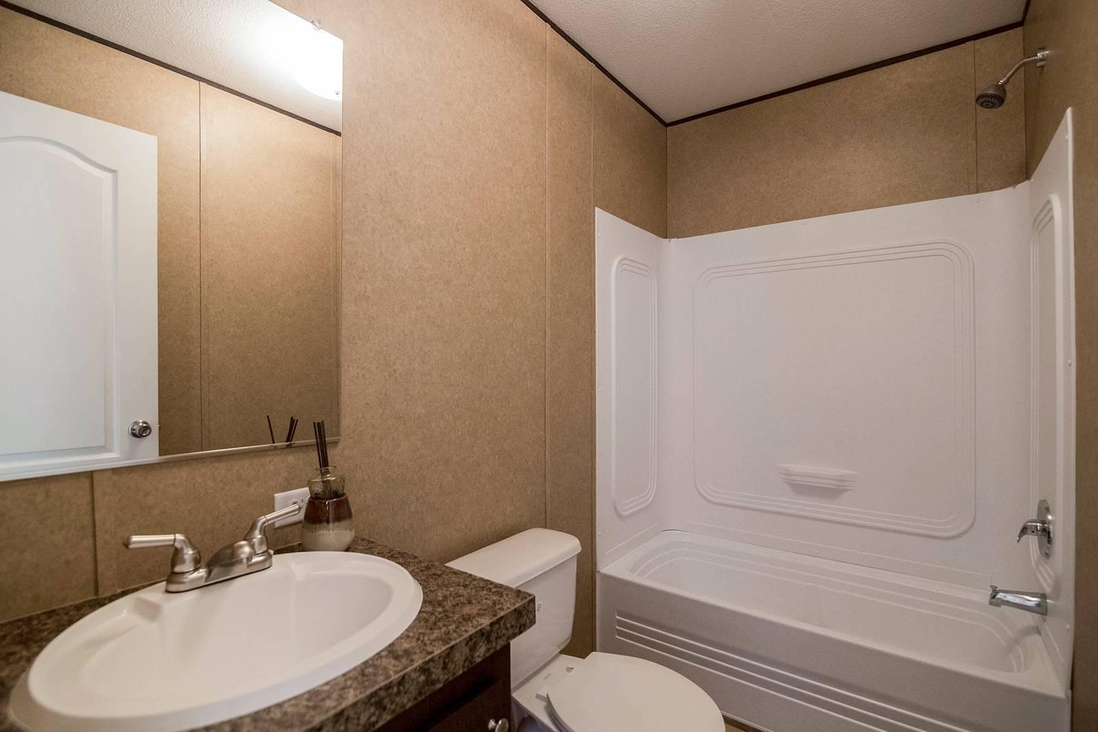 Select / CS1676D - Bathroom